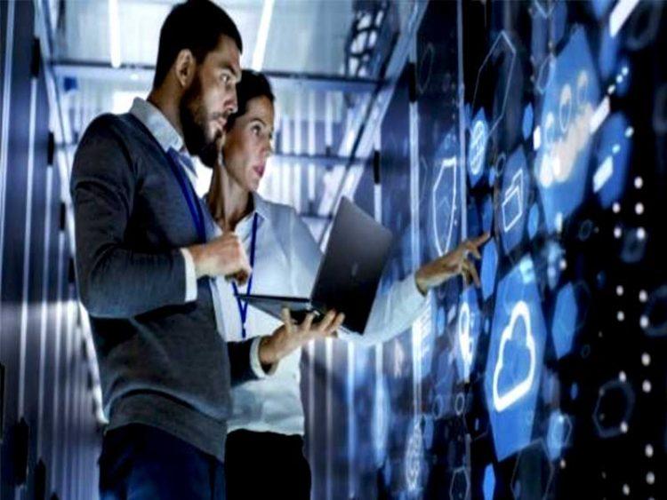 Le métier de support informatique implique que les techniciens dans cette section apportent leurs expertises aux consommateurs pour résoudre leurs problèmes