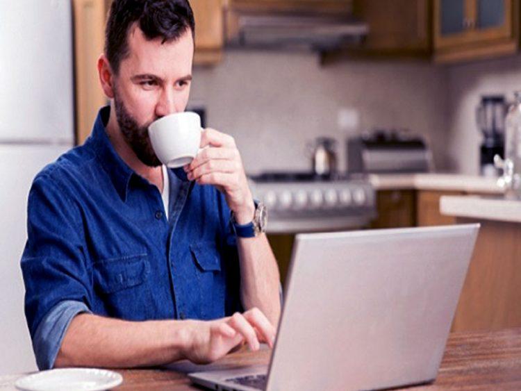 Le télétravail est un bonheur pour son épanouissement professionnel. Il est important de savoir aménager son temps afin d'être productif.