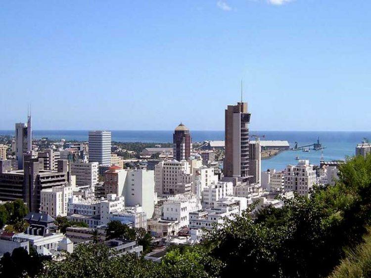 Trouver un emploi n'est pas une mince affaire, surtout si vous avez pour projet de vous exiler dans un pays paradisiaque comme l'île Maurice. Découvrez quelques idées intéressantes sur la meilleure façon de procéder.