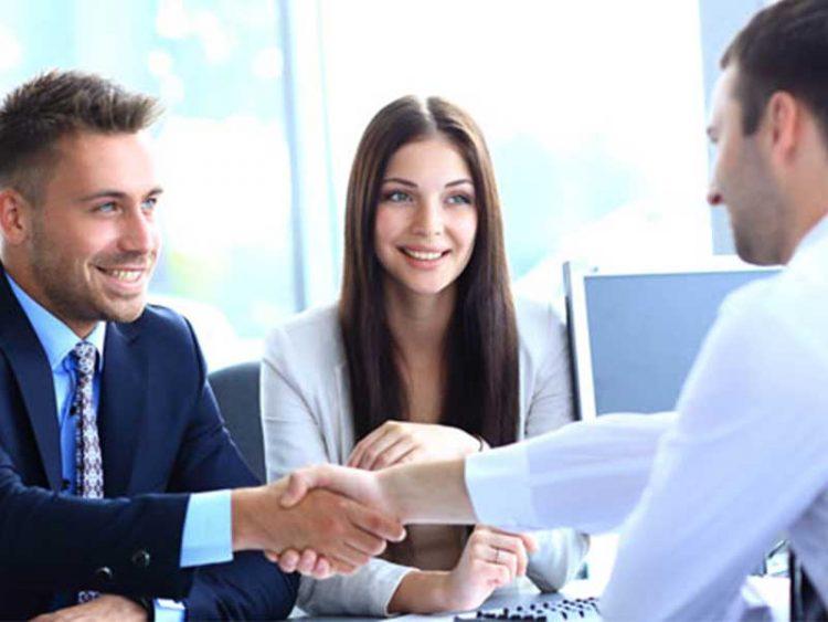 La profession de courtier en assurance vous intéresse ? Cet article vous parle de quoi consiste ce travail commercial, découvrez aussi quels sont les ressorts d'un courtier.