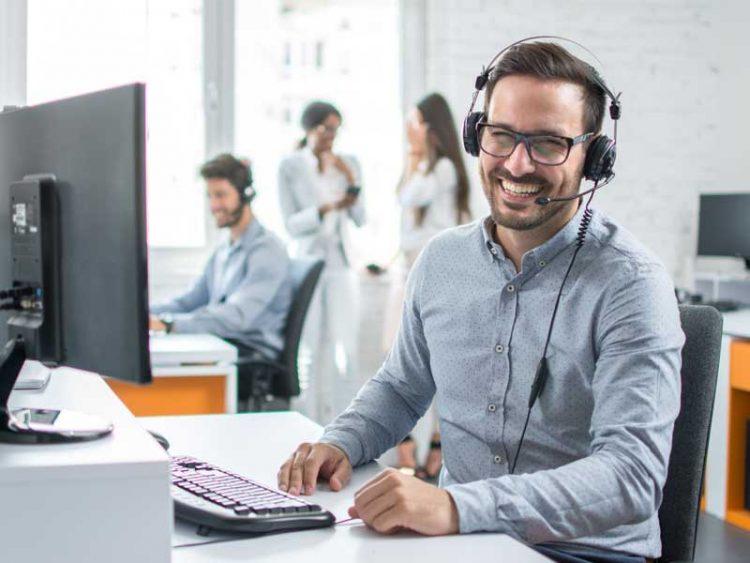 Comment Devenir Technicien Help Desk ?