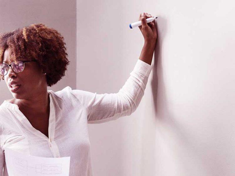 les professeurs d'écoles,ce métier demande une formation adéquate afin d'assurer les cours aux élèves. Découvrez ce métier à Maurice et les formations requises.