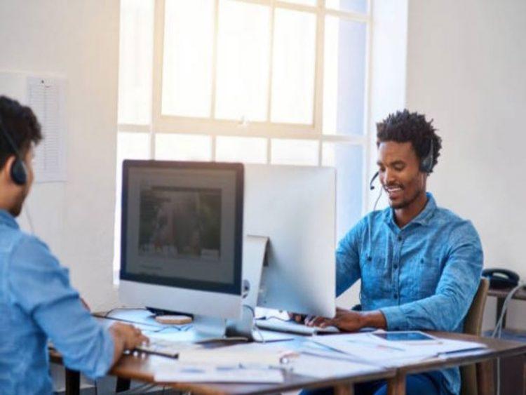 Le métier de commercial en entreprise concerne principalement le domaine des ventes et rejoint le marketing. Retrouvez toutes les grandes lignes de ce métier à travers cet article.